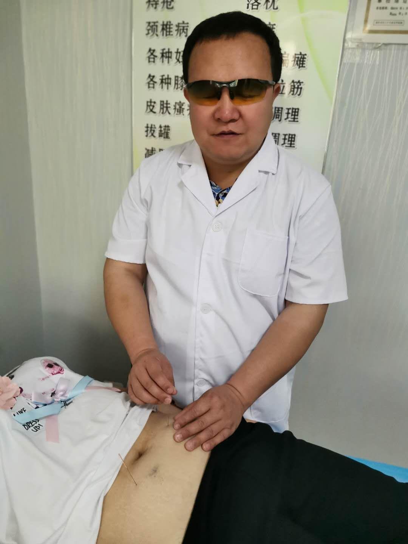 速效奇针疗法创始人—张岭虎